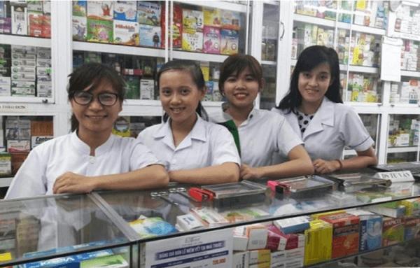Nhà thuốc Việt Hương