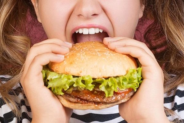 ăn không tiêu