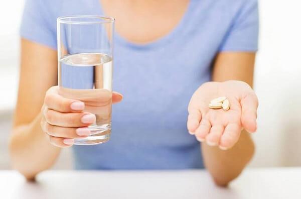 vitamin tổng hợp cho phụ nữ trung niên